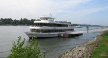 Fahrgastschiff_Anja